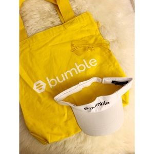 Bumble Tote with Visor and Sunglasses